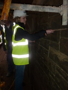 Student – Re-pointing stonework joints Guildhall – Stonework Workshop