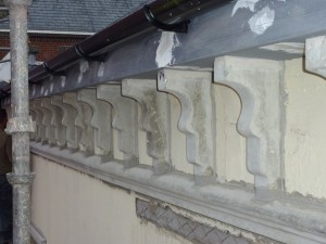 Eaves brackets reinstated